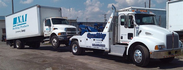 Quality Towing has a truck that can tow large box trucks.