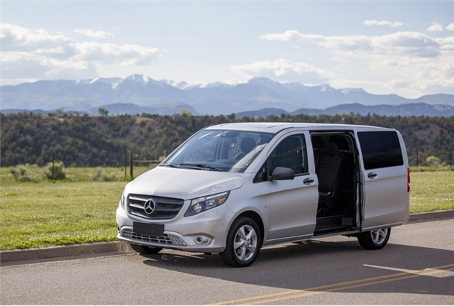 Driving the 2016 mercedes benz metris driving notes for Mercedes benz metris towing capacity