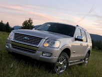 Ford Improves Explorer, Wins Truck of the Year