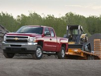 New 2011 Chevrolet Silverado and GMC Sierra Trucks </b> Increase Towing and Payload Ratings