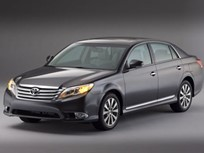 Toyota Reveals Redesigned 2011 Avalon at Chicago Auto Show