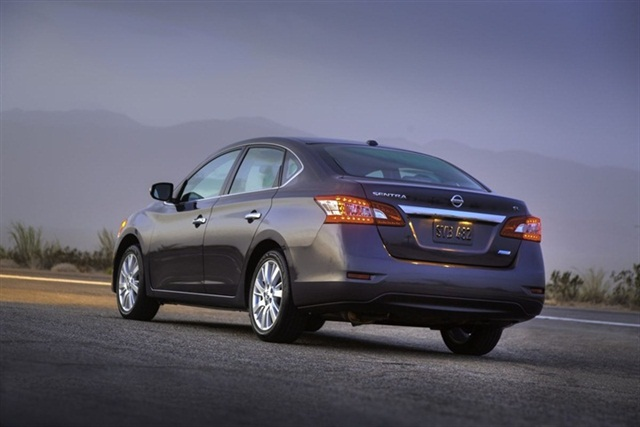 The 2013-MY Sentra features LED taillights.