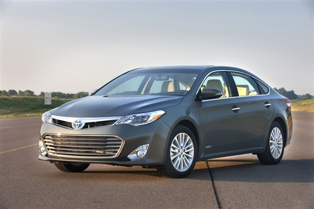The 2013-MY Avalon Hybrid model.