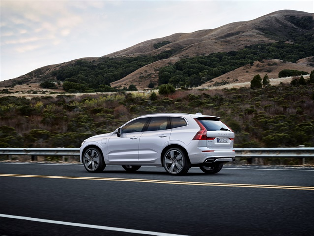 The 2017 Volvo XC60 SUV includes an updated City Safety AEB system.