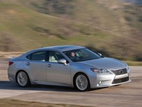Lexus Unveils First-Ever ES 300h Hybrid