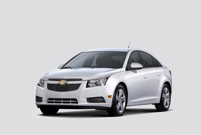 The Chevrolet Cruze Diesel will be available in spring in select cities and nationwide and in Canada in early fall, according to GM. Photo courtesy GM.