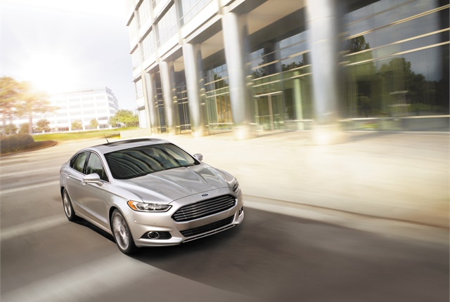 How do you find out about recalls on the Lincoln MKZ?