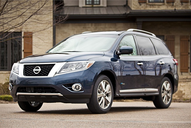 The 2014 Nissan Pathfinder Hybrid will get 25 mpg city, 27 highway, 26 combined, according to Nissan's estimates. Photo courtesy Nissan.