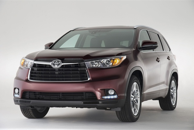 The all-new 2014 Toyota Highlander features a new grille design up front. Photo courtesy Toyota.