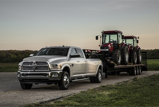 The SAE J2807 towing capacity for a 2015 Ram 3500 with 6.7L Cummins diesel is 30,000 pounds - 2013-MY vehicle pictured. (PHOTO: Chrysler)