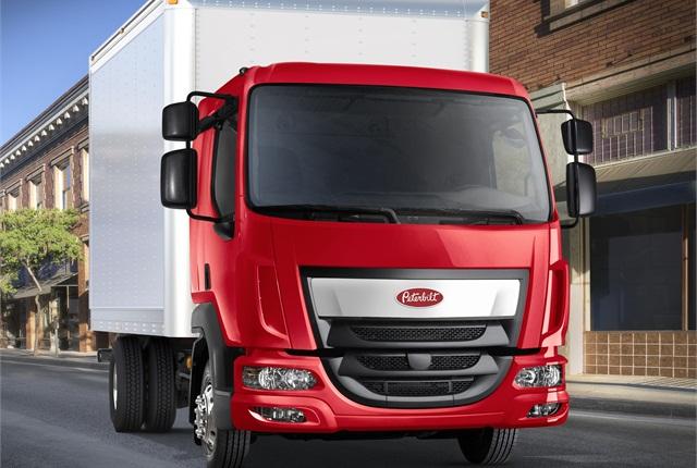 Peterbilt Model 220, the company's new Class 6-7 medium-duty truck. (PHOTO: Peterbilt)