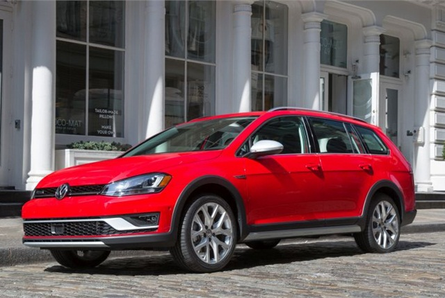 Photo of 2017 Golf Alltrack courtesy of VW.