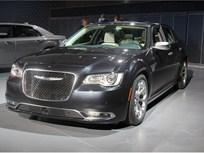 Chrysler Refreshes 300, Adds Sport Model