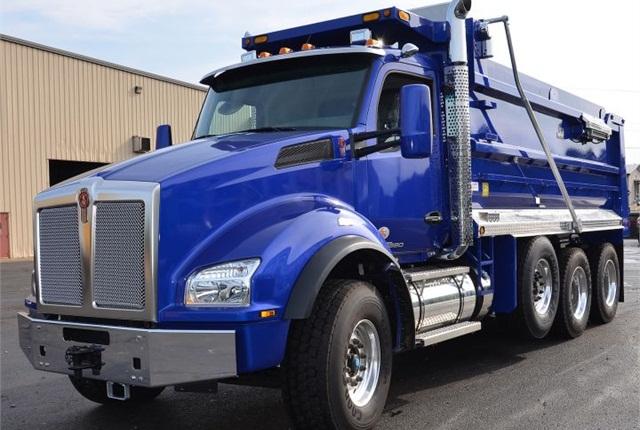 Photo of T880 dump truck via Kenworth.