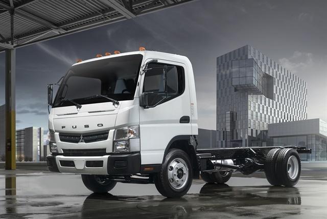 Photo of gasoline-powered FE Canter courtesy of Mitsubishi Fuso.