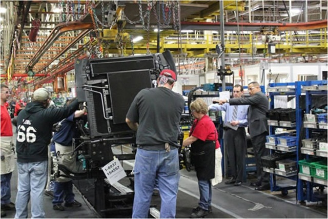 The jointly engineered Class 4/5 trucks will be built in Navistar's Springfield, OH, assembly plant, starting in 2018. Photo: Dept. of Labor