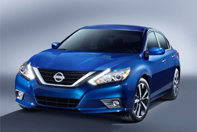 Photo of 2016 Altima courtesy of Nissan.