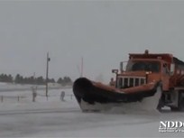 Fleet Safety Video Tip: Sharing the Road With Snowplows