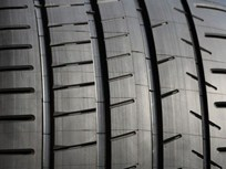 Consumer Reports Names Top Tire Brands