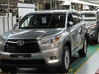 Toyota Recalling Highlanders to Fix Seat Belt Software