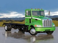 Peterbilt: Full Production of Medium-Duty Hybrids in 2008