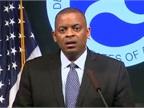 <p><strong><em>Screen shot of U.S. Transportation Secretary Anthony Foxx during press conference, via YouTube.</em></strong></p>