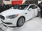 The 2015 Kia K900 luxury sedan will offer a rear-wheel drive V-8 or