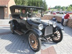 The 1915 Dodge Brothers Touring car launched the company. In 1915,